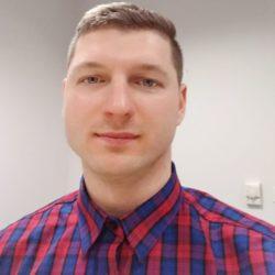 Damian Lorek Trener